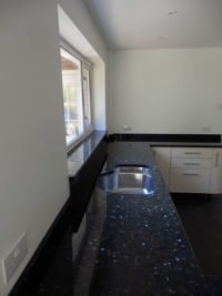 Emerald-Pearl-Granite-Kitchen-Worktops-04-200x267
