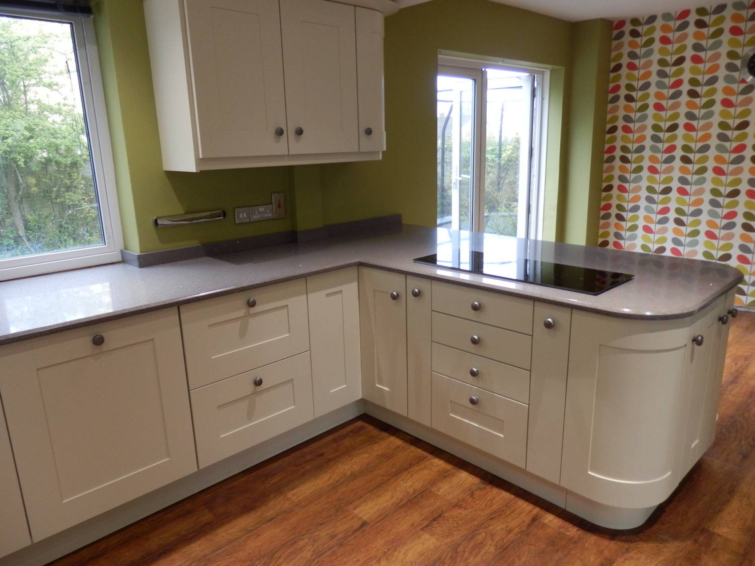 technistone starlight grey kitchen worktops ccg worktops. Black Bedroom Furniture Sets. Home Design Ideas