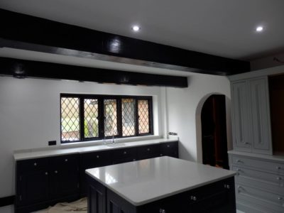 Two-Tone-Kitchen-Worktops-01-400x300