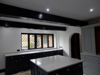 Two-Tone-Kitchen-Worktops-01-400x300