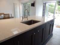 Two-Tone-Kitchen-Worktops-06-1-200x150