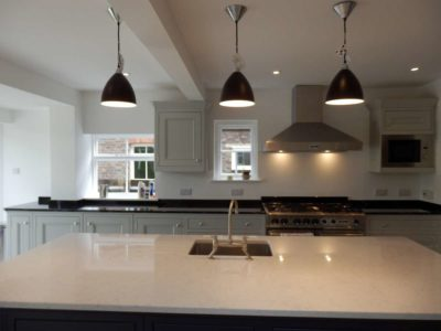Two-Tone-Kitchen-Worktops-09-1-400x300