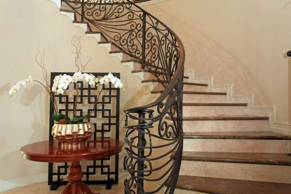 brown-marble-staircases-ccg-surrey-600x400